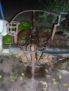 horseshoe chair